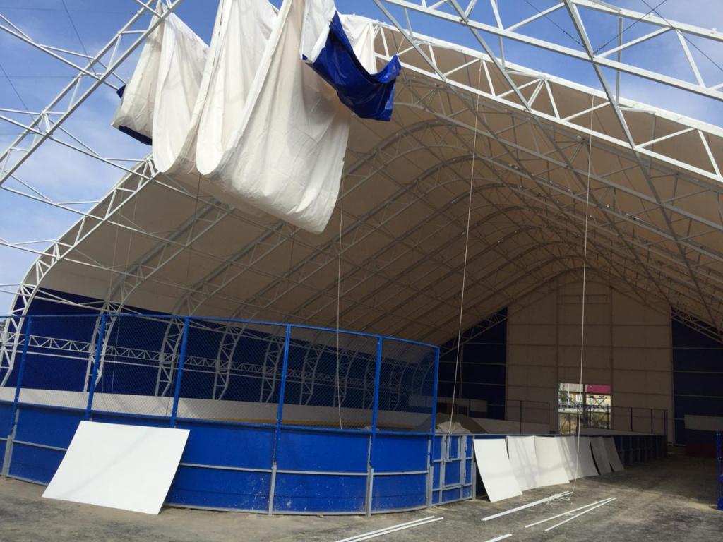 Ангар для укрытия ледовой арены